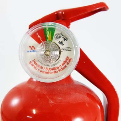 Manutenção de extintores e mangueiras